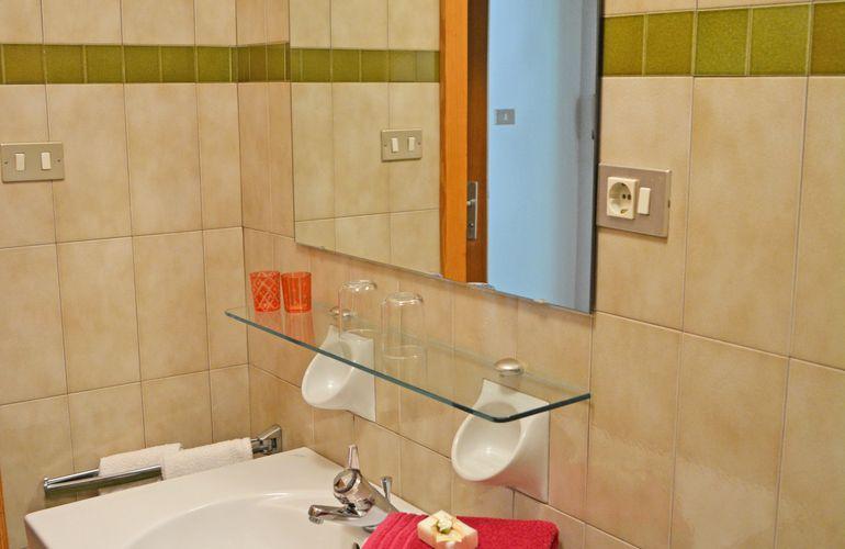 Bathroom Merano holiday