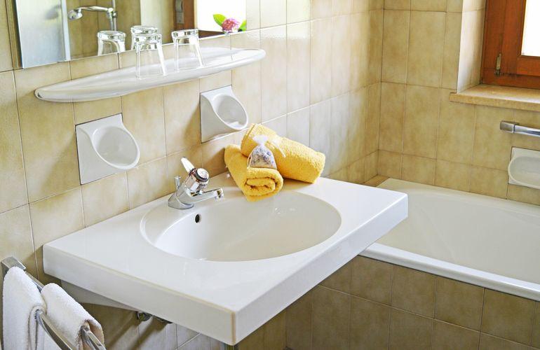 Badezimmer im Appartement 7 Fewo Huber Meran